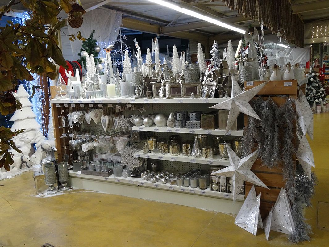 Decoration de noel exterieur jardiland un sapin de nol for Jardiland ecole valentin